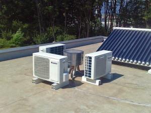 Klimatske naprave na ravni strehi